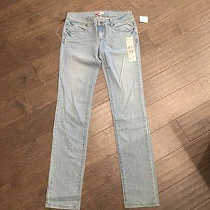 Forever 21 Light Denim Long Jeans Size 27 NWT